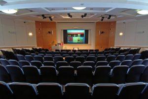 Meeting Conference Seminar Seminar  - amitch / Pixabay